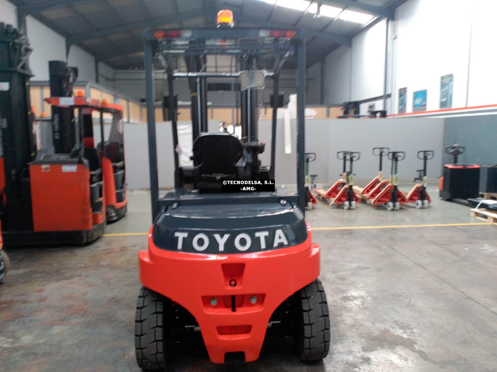 Toyota Traigo 8FBMT-45